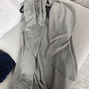 ‼️ FINAL OFFER‼️ Vici waterfall vest